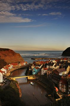 staithes, portrait by perth45, via Flickr