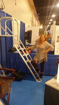 7-Step Ladder | Dog Ladder, Boat Dock Ladders, Dock Steps| Aqua-Stairs