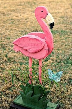 How to Repaint Outdoor Pink Flamingo Decor