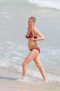 Uma Thurman In Bikini Op St Barts
