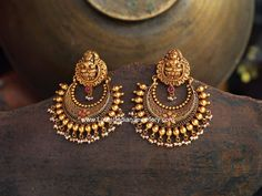 Antique gold chand bali earrings, ram leela gold earrings, Lakshmi design chand bali earrings in 22 karat gold with round gold balls and small pearl drops. Indian Jewelry Earrings, Gold Jhumka Earrings, Jewelry Design Earrings, Gold Earrings Designs, Gold Jewellery Design, Antique Earrings, Temple Jewellery, India Jewelry, Antique Jewelry