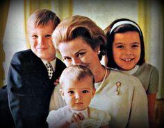 Albert, Grace holding Stephanie, and Caroline