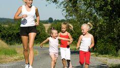 When moms exercise, so do kids - CBS News