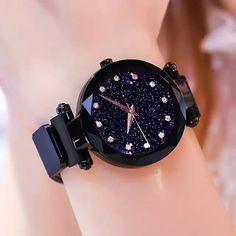 c8bced20778c 2019 Venta caliente cielo estrellado cielo reloj de lujo de las mujeres  imán magnético hebilla de cuarzo reloj de pulsera geométrica superficie  mujer ...