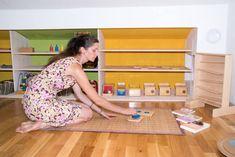 La pédagogie Montessori est-elle adaptée aux assistantes maternelles ? Que peut-elle apporter ? Et aux parents ? Comment se lancer ? Questions / réponses