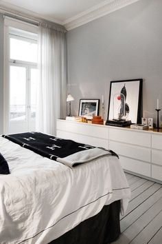 40 Ikea Malm Dresser Hacks 40 Ikea Malm Dresser Hacks Ikea Malm Dresser Is A Cool Piece That Can Fit Any Bedroom Closet Entryway Or Any Other Room Taken In White It S Perfect For Most Of Modern Interiors 40 Ikea Malm Dresser Hacks Comfydwelling Com Home Bedroom, Diy Bedroom Decor, Master Bedroom, Home Decor, Bedroom Storage, Bedrooms, Bedroom Curtains, Bedroom Wall, Ikea Bedroom Design