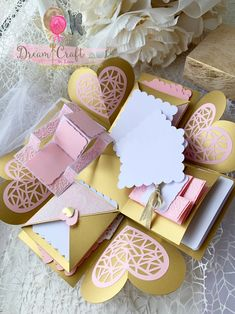 Valentines Pink and Gold Exploding Photo box, photo pop up box, explosion photo box, Perfect gift for your Anniversary/ Valentines Day Diaper Invitations, Invitation Set, Creative Gift Wrapping, Creative Gifts, Pop Up, Empty Gift Boxes, Diy Cards Crafts, Photo Rose, Explosion Box Tutorial