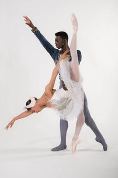 Misty Copeland & Brooklyn Mack to Make Historic Debut in Swan Lake as she will take on the lead as Odette/Odile, while her love interest, Prince Siegfried, will be danced by the Washington Ballet Theatre's Brooklyn Mack American Ballet Theatre, Ballet Theater, Misty Copeland, Show Dance, Just Dance, White Stereotypes, Dance News, Black Ballerina, Art