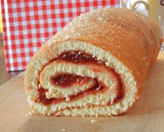 Economy Roll / Jam Roll – Romanian Recipe – Economy Roll / Jam Roll – Romania… – Famous Last Words Bosnian Recipes, Sicilian Recipes, Greek Recipes, Tart Recipes, Cooking Recipes, Jam Roll, Swiss Roll Cakes, Kolaci I Torte, Good Food