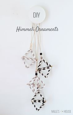 Geometric pieces are getting more and more popularity. That's why today we'll make a truly geometric ornaments – himmeli decoration. 50 Diy Christmas Ornaments, Nordic Christmas, Christmas Projects, Christmas Crafts, Christmas Decorations, Christmas Things, Handmade Ornaments, Christmas Holiday, Dollar Store Centerpiece