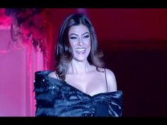 Sushmita Sen's SENSATIONAL ramp walk at Rebecca Dewan's fashion show 2016.