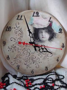 """Часы для дома ручной работы. Ярмарка Мастеров - ручная работа Часы винтажные """"Детсво"""". Handmade."""