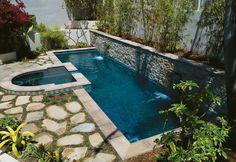 Splash pool ...