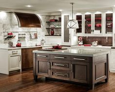 Hollywood Sierra Kitchens www.join2befree.com