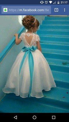 Vestido lindo de daminha