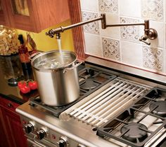 Nice faucet over stove