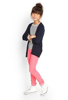 Girls Skinny Jeans -Little Girls Forever 21 Kids Girls -afflink Affordable Kids clothing that are durable and stylish! Outfits Niños, Outfits For Teens, School Outfits, Fashion Outfits, Little Girl Outfits, Little Girl Fashion, Preteen Fashion, Kids Fashion, Fashion 2016