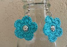 HandworkDIY: Pendientes de crochet con abalorio en el centro