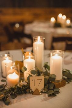 Home » Wedding Ideas » COLOR OF THE YEAR 2017 – Greenery Wedding Centerpiece Ideas » modern romantic Greenery wedding centerpiece