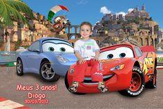 Fotomontagem com a foto da criança e os carros