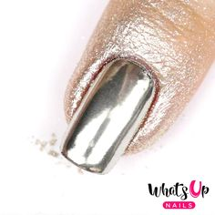Ultra fine chrome powder that will make your nails look like mirror! This mica powder has the highest quality on the market. Weight: 2.5 grams How To Use - Apply nail polish/gel of your choice to the