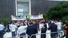 Policiais do Estado de São Paulo são recebidos pelo presidente da Assembleia em ato contra PEC 287/16