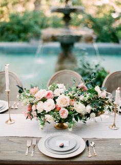 http://www.stylemepretty.com/little-black-book-blog/2017/03/06/rancho-las-lomas-springtime-wedding-inspiration/ Photography: Koman - http://komanphotography.com/