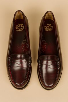 These are the penny loafers I own, no i'm not 50 years old. They are awesome.
