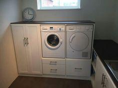 Opbergruimte wasmachine/droger Laundry Room Storage, Laundry Room Design, Laundry In Bathroom, Amsterdam Houses, Laundry Pedestal, Garage Remodel, Small Room Bedroom, Floor Design, Living Room Designs