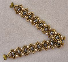 Linda's Crafty Inspirations: Bracelet of the Day: Duo Bobble - Purple and Light Bronze