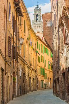 Twisted streets of Siena, Tuscany, Italy