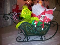 A sleigh ride with the Grinch