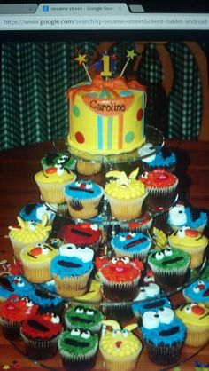 Cupcake & cake sesame street.