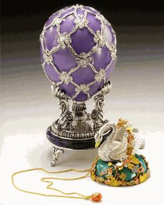 The Swan Egg. Imperial Faberge Egg given by Tsar Nicholas II to his mother, Dowager Empress Maria Feodorovna.