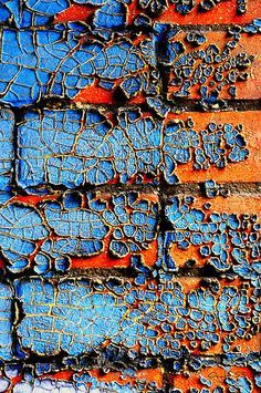 I really like the texture and pattern in the blue peeling paint, and the thinning out of the rust. I also like the sharp contrast in complementary colours. Patterns In Nature, Textures Patterns, Color Patterns, Nature Pattern, Art Texture, Blue Texture, Peeling Paint, Color Inspiration, Colours