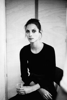Christy Turlington - Backstage J.P. Gualtier, 1995 © Thierry Chomel. Possibly the most beautiful woman ever
