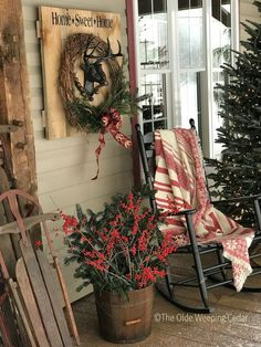 32 Amazing Farmhouse Christmas Porch Decor And Design Ideas. If you are looking for Farmhouse Christmas Porch Decor And Design Ideas, You come to the right place. Below are the Farmhouse Christmas Po. Farmhouse Christmas Decor, Outdoor Christmas Decorations, Christmas Home, Christmas Holidays, Christmas Wreaths, Christmas Ideas, Christmas Design, Cabin Christmas Decor, Christmas Vacation