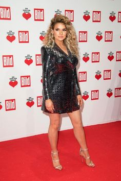 Shirin David Style, Beauty And Fashion, Charity, Rapper, 18th, Formal Dresses, Birthday, Gowns, Dresses For Formal