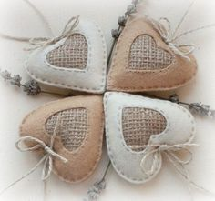 Set of 4 Felt Heart Ornaments, Home decor, Favors for Valentine's Day, Rustic hearts Burlap Crafts, Valentine Crafts, Holiday Crafts, Valentines, Felt Christmas Ornaments, Christmas Crafts, Christmas Colors, Christmas Tree, Fabric Hearts