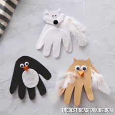 HANDPRINT WINTER ANIMAL CARDS - love how easy and cute this Winter craft for kids is! Make a handprint penguin, owl and arctic fox. crafts for kids for teens to make ideas crafts crafts Winter Crafts For Kids, Easy Crafts For Kids, Toddler Crafts, Preschool Crafts, Easter Crafts, Kids Diy, Creative Crafts, Olaf Craft, Penguin Craft