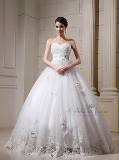 Wedding dress Vittoriq by Atelier Ivoire