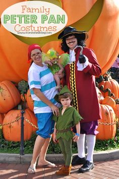 Family Peter Pan Costumes --- too cute! Perfect for Disney lovers!