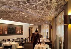 Restaurant terrace Paris Downtown