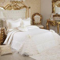 Bakkaloğlu Tekstil Sakarya Adapazarı Ev Tekstili Ürünleri Dekorasyon Aksesuar Masa Örtüsü Yastık Kılıfı Nevresim Kılıfı Yatak Örtüsü Uyku SetiYatak Örtüleri Vinaldi Verona Yatak Örtüsü