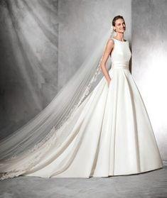 Schlichtes Brautkleid: Tami von Pronovias