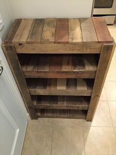 Pallet Project - Four Shelf Stand Made From Pallets #WoodworkingPlansWineRack