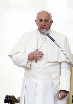 "Pope Francis lamented a string of deadly terrorist attacks in Paris on Friday night, calling them a ""piece"" of a ""piecemeal World War III."" ""I am close to the people of France..."" the pontiff said Saturday, according to the Vatican Radio. ""I am moved, and I am saddened. I do not understand — these things hard to understand."" washingtontimes.com #news #2015NOV13th"