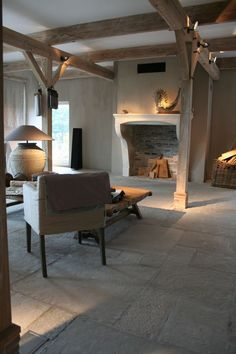 Floor ~ Castle Stones come in eight different colorways, each with three color nuances. The color palette ranges from light beige to dark grey. brown-grey earl-grey evening-shadow light-terra morning-mist old-grey sand-grey warm-desert. Barn Conversion Interiors, Flagstone Flooring, Tile Flooring, Interior And Exterior, Interior Design, Cottage Interiors, Fireplace Design, Home And Living, Living Room Decor