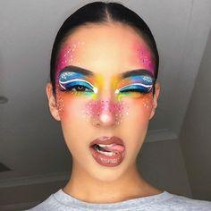 Juvia's Place: Zulu Palette - Makeup Looks Makeup Eye Looks, Eye Makeup Art, Colorful Eye Makeup, Makeup Geek, Zulu, Make Up Looks, Make Up Designs, Extreme Makeup, Rave Makeup