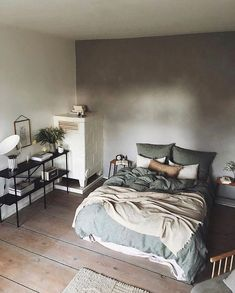 fascinating bedroom décor ideas that makes you comfortable 33 ~ my.easy-co… Green Rooms, Bedroom Green, Dream Bedroom, Home Decor Bedroom, Living Room Decor, Living Spaces, Design Bedroom, Cama King, Bed Images